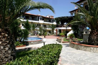 Почивка в Ioli Village Hotel Apartments