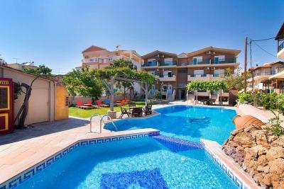 Почивка в Christos Hotel