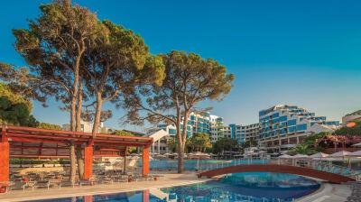 Почивка в Cornelia Deluxe Resort