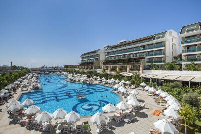 Почивка в Crystal Waterworld Resort & Spa