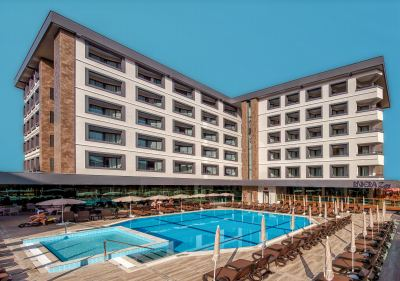 Почивка в Riviera Zen Hotel