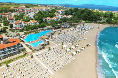 Почивка в Оазис Резорт и СПА - Бутиков хотел Малтийски замък