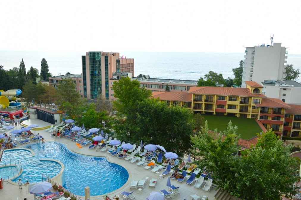 Парк хотел Голдън Бийч
