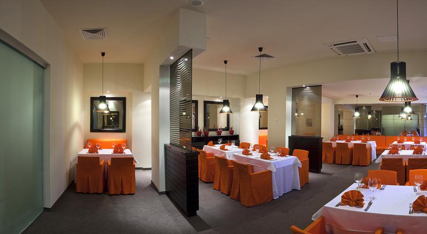 Балнео хотел Азалия Медикъл Спа