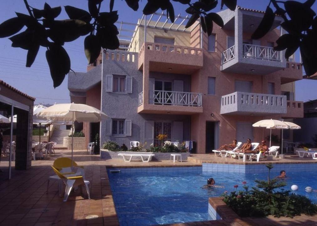 Marilisa Apartments