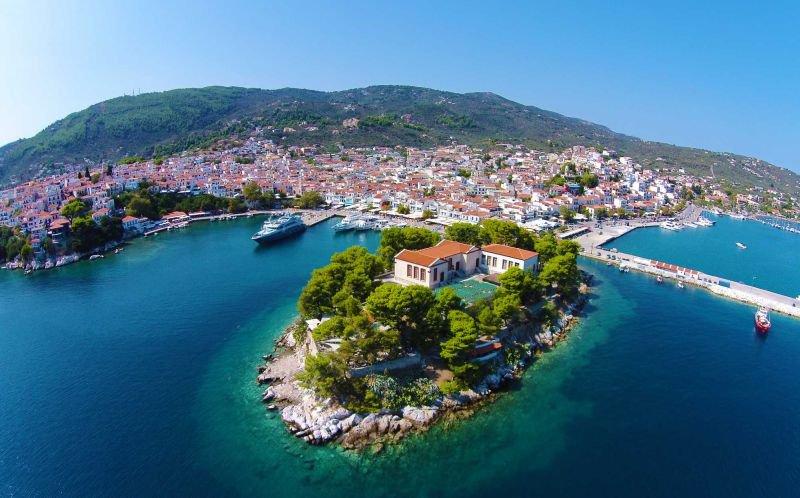 Хотели на остров Скиатос